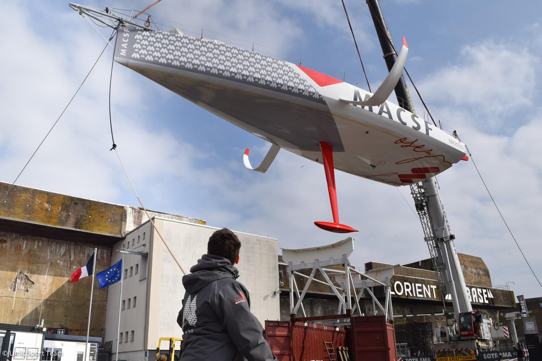 L'IMOCA MACSF retrouve la terre ferme à Lorient pour un chantier post Vendée Globe